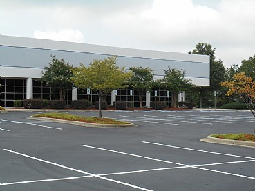 SOUTH POINT BUSINESS CENTER